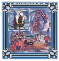 Mozambique 2001 - Jeux Olympiques Athenes 2004 S/s - Michel 1985 BL93, Scott 1414. - Mozambique