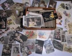 LOT De Plus De 900 Cartes FANTAISIES 1er Mai, 1er Avril, Pâques , Noël, Fête , Années , Fleurs , Femmes, Enfants , Série - Postcards