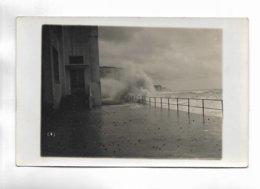 80 - Carte Non Titrée - Tempête En Bord De Mer. Photo Maurice LEMESLE à Paris Et Onival-sur-Mer ( Somme ) - Francia