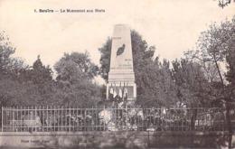 Afrique > Algérie > BOUIRA Le Monument Aux Morts  (Kabylie) (MILITARIA) (- Editions : PHOTO XUEREB  Alger N1)*PRIX FIXE - Other Cities