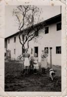 Foto Mit 5 Kindern Und Hund Vor Haus 1938 - Fotografie