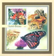 Guinea - Bissau 2003 - Butterfly - Mushrooms S/s. Y&T 136, Michel 2096 BL389 - Guinea-Bissau