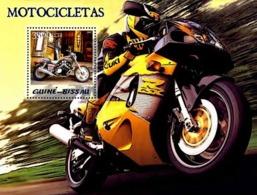 Guinea - Bissau 2005 - Motorcycles S/s, Y&T 272, Michel 3085/BL514 - Guinea-Bissau