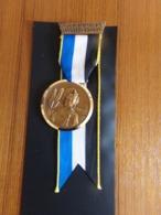 """Suisse Médaille En Bronze Avec Ruban """" Marche De La Sarine 1972, Ecuvillens-Posieux  """" Les Costumes Nationaux Argovie - Tokens & Medals"""