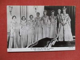 The Queen With Her Maids Of Honour Tuck Series   Ref   3599 - Royal Families