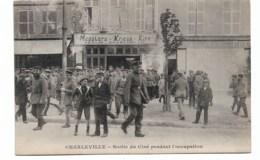 Sortie Du Ciné Pendant L'occupation      Affiche à Traduire - Charleville