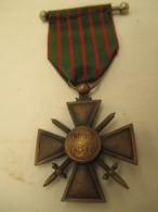 Medaille   Croix De Guerre  14 -16 Avec Son Ruban - France