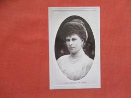 Embossed H.R.H  Princess Of Wales > Ref   3600 - Royal Families