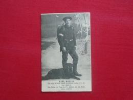 """Super Ancienne Carte Assez Rare , Militaire Avec Son Chien """" Carte étrangère De 1913 Beau Petit Timbre """" - Personaggi"""
