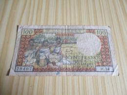 Madagascar.Billet 100 Francs Type 1961 ,non Daté. - Madagascar
