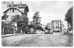 78 -- VIROFLAY - PLACE DE VERDUN (commerces, Automobiles, Autobus...) - Viroflay