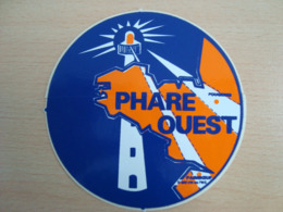 AUTOCOLLANT PHARE OUEST - Stickers