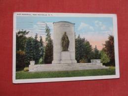 War Memorial  New Rochelle New York >     Ref   3600 - NY - New York