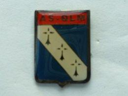 PIN'S  FOOTBALL - A.S QLM - BRETAGNE - Football