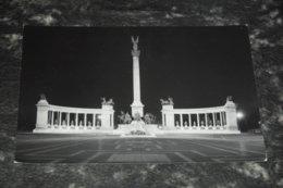 6698     BUDAPEST, MILLENNIUM MONUMENT - Ungheria