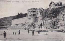 SAINT-PIERRE-QUILBIGNON - La Façade De L'Hôtel ROC-AR-MOR - Animé - France