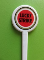 257 - Touilleur - Agitateur - Mélangeur à Boisson - Tabac - Cigarettes Lucky Strike - Cucharas Mezcladoras