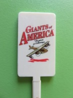 260 - Touilleur - Agitateur - Mélangeur à Boisson - Giants Of America - Les Géants De L'Amérique - Avion - Cucharas Mezcladoras
