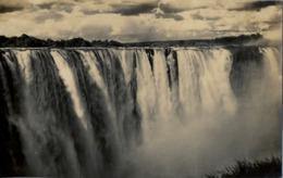 SUDAFRICA , TARJETA POSTAL NO CIRCULADA  , VICTORIA FALLS , THE MAIN FALL - Sudáfrica