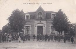 CPA / Saint Armel (35) La Mairie Et L'ecole  Nombreux écoliers Et écolières Dans La Cour Ed Mary 5130 - France