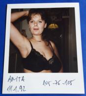 Vintage SEXY PIN-UP GIRL Photo - POLAROID Portrait - Hübsche Junge Frau, Jolie Jeune Femme, Pretty Young Woman [19-854] - Pin-Ups