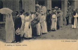 SUDAFRICA , TARJETA POSTAL NO CIRCULADA  , A WEDDING OF CHRISTIAN NATIVES , RELIGION , ÉTNICO - Otros