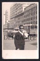 REAL PHOTO PORTUGAL ANGOLA LUANDA - AUTOCARRO BUS FORD F1 PICKUP VOLKSWAGEN 1200 - 1968 ( É UMA FOTO) - Angola