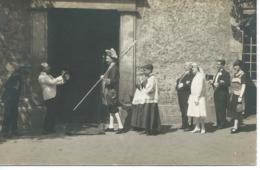 """OLIVET (Loiret) : Carte-photo D'un Mariage Avec """"Suisse"""" Et Enfants De Choeur - Frankreich"""