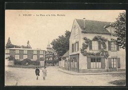 CPA Vélizy, Le Place Et La Villa Michelet - Frankreich