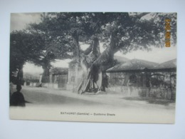 GAMBIA  BATHURST CUSTOMS SHEDS  , OLD POSTCARD   , O - Gambie