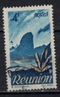 REUNION           N°     YVERT   274   OBLITERE       ( Ob  5/31 ) - Reunion Island (1852-1975)