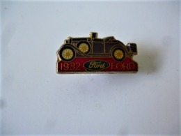 PINS Automobile FORD 1932 / 33NAT - Ford