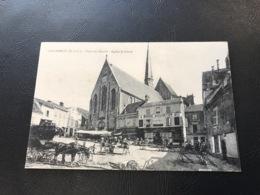 GALLARDON Place Du Marché - Eglise St Pierre - Frankreich