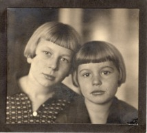 Großes Foto Studiofoto Mit 2 Kindern Ca 1950 - Alte Papiere