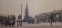 Houdeng-Goegnies Eglise St Géry Et Place Avec Attelage De Brasserie - La Louviere