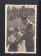 Dt. Reich AK Hitler Goebbels Mädchen SoSt. Der Führer In Wien 1938 - Historische Persönlichkeiten