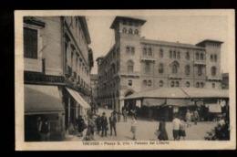 C2081 TREVISO - PIAZZA SAN VITO E PALAZZO DEL LITTORIO MOLTO ANIMATA FORMATO PICCOLO VG 1931 - Treviso