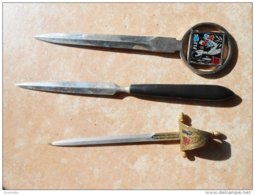 3 Ouvre-lettres En Métal : Une épée .... ( Vendus En L'état VOIR Toutes Les Photos) - Letter-opener