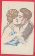 CPA Illustrée -LES AMOUREUX-1900-  BAISER Sur La BOUCHE - 2 SCAN - Non Classificati