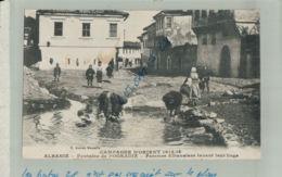 ALBANIE  CAMPAGNE D'ORIENT 1914 1918   Fontaine De POGRADIE Femmes Albanaises Lavant Leurs Linges   Sept  2019 42 - Albanie