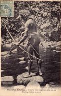 1577/ Nouvelles-Hebrides, Indigene Tirant Un Poisson Avec Son Arc. 1907 - Vanuatu