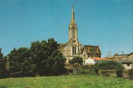 L'AIGUILLON-SUR-VIE. - L'Eglise. Au Verso Cachet De La Fanfare Ste-Cécile. CPM RARE - Autres Communes