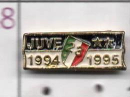 Juventus 23° SCUDETTO Calcio Zebra Pins Toro Soccer Italy FootBall Pins Torino Piemonte Juve - Calcio