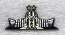 Juentus Torino Calcio STADIO Ufficiale Giemme Torino Soccer Pins Spilla Italy Toro Granata - Calcio