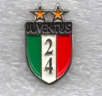 Juventus Torino Calcio 24° Scudetto Juve Ufficiale Giemme Torino Soccer Pins Spilla Italy Toro Granata - Calcio
