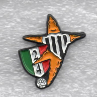 Juentus Torino Calcio 24° Scudetto Ufficiale Giemme Torino Soccer Pins Spilla Italy Toro Granata - Calcio