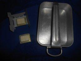 Militaria : 1 Gamelle M.O.VESOUL 1960 + OFFERT Réchaud +2 Pastilles Combustible Issus Du Kit De Réchauffage Du Soldat - Equipement