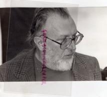 16- COGNAC - FESTIVAL DU POLAR 1985- SERGIO LEONE - CINEMA  -RARE PHOTO ORIGINALE GEORGES ARRAMY - Célébrités