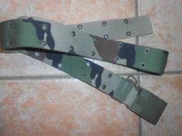 Militaria : Gros Et Long Ceinturon Armée De Terre - Largeur 5cm Et Longueur 1,60 Cm ( Réglable)  -tissu Kaki Camouflage - Uniformes