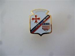 PINS SPORTS SOCIETE DE TIR BEZIERS 34 HERAULT / BLASON  / 33NAT - Pin